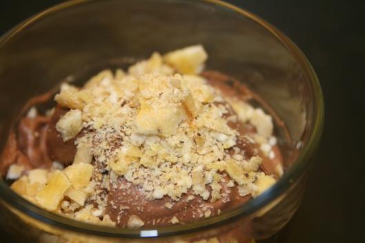 Kokos/kakao mousse agtig ting.....lidt for tung men ok smag.